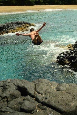 Kauai Photo Tours : Cliff diving