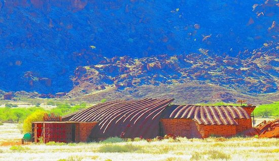Twyfelfontein: interesting concept of the visitor centre