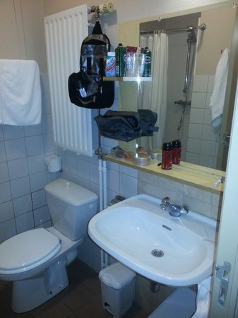 Infotel : Bathroom