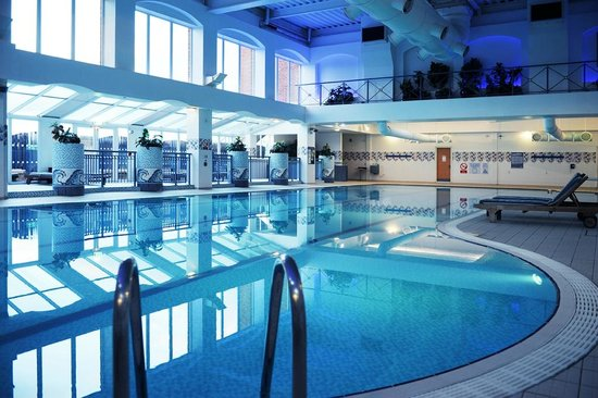 Village Hotel Birmingham Walsall: 25 Metre Swimming Pool