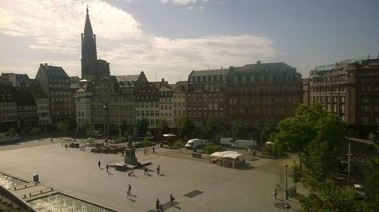 Le Kleber Hotel: The view from the breakfast room