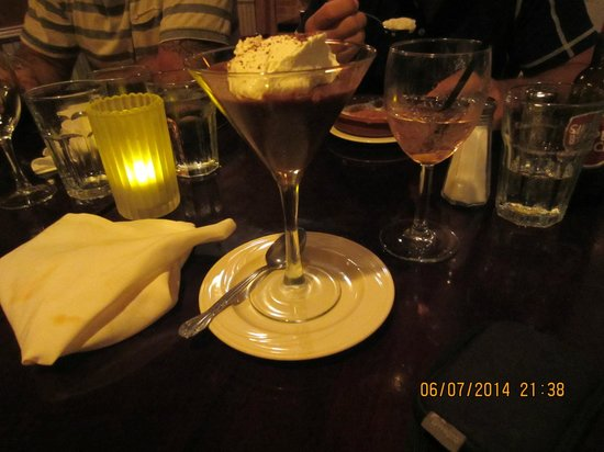 Atasca: Chocolate mousse