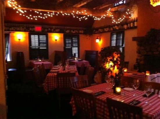 Buca's Tuscan Roadhouse: Dinning Room A