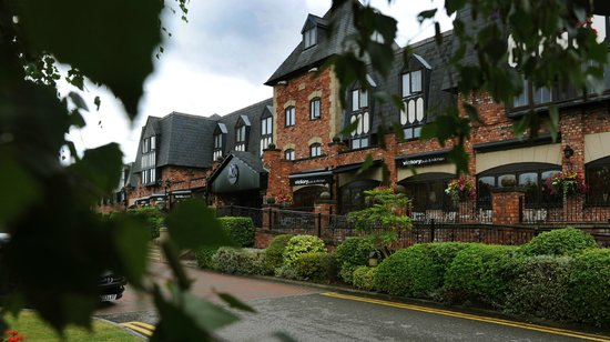 Village Hotel & Leisure Club Wirral