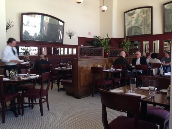 Meritage : Tiled floors, high ceilings and large mirrors welcome you to this brasserie.
