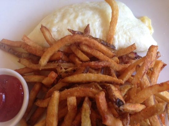 Meritage : Omelet du jour with leeks and pomme frittes
