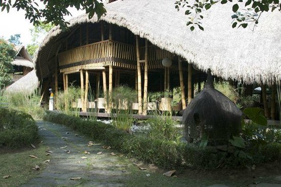 Mambal, Indonesien: Amazing bamboo architecture
