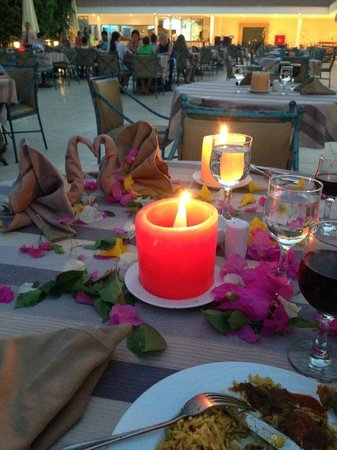 Sultan Gardens Resort: The table they laid out for my mums birthday