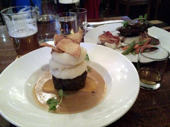 The Auld Smiddy Inn: The excellent Haggis