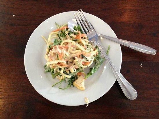 Raw Food Bali Culinary Classes: raw pad thai