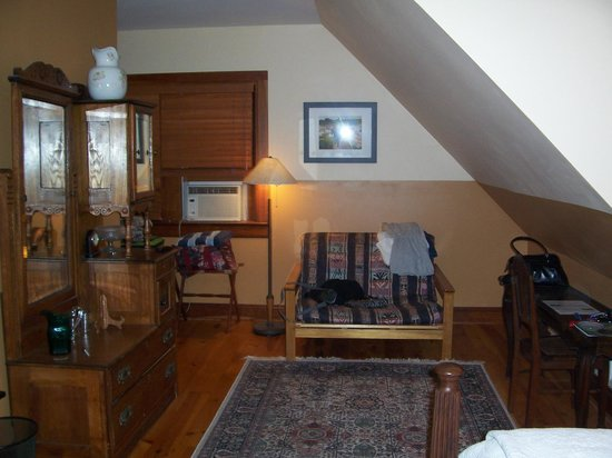 Brookton Hollow Farm Bed and Breakfast: Joshua's Room