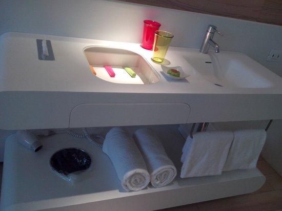Barcelo Milan: dettaglio del bagno in camera...