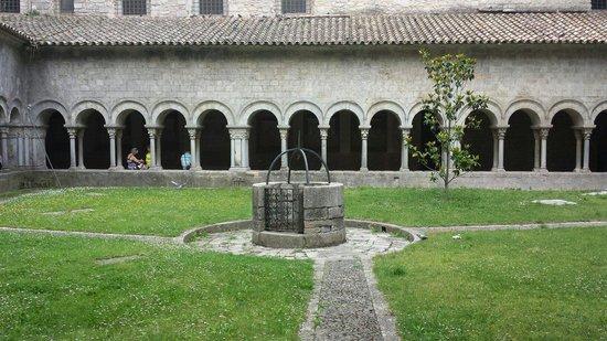 Girona Cathedral (Catedral): Claustro de la catedral de Girona