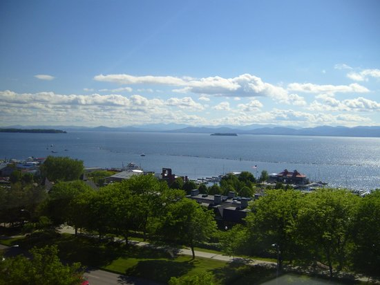 Hilton Burlington: Outstanding view from room of Lake Champlain