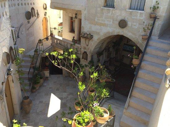 Kookaburra Pension : Beautiful courtyard