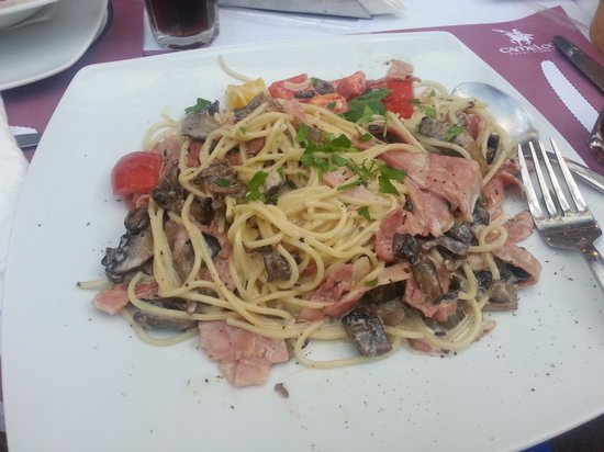 Camelot Restaurant: food