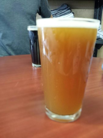 Wenonah Brewing Company: Pale Ale