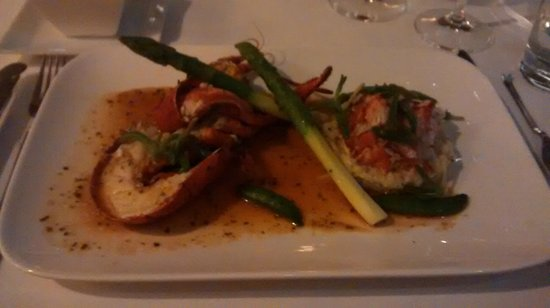 Harbour Club: Lobster with asparagus and lobster risotto