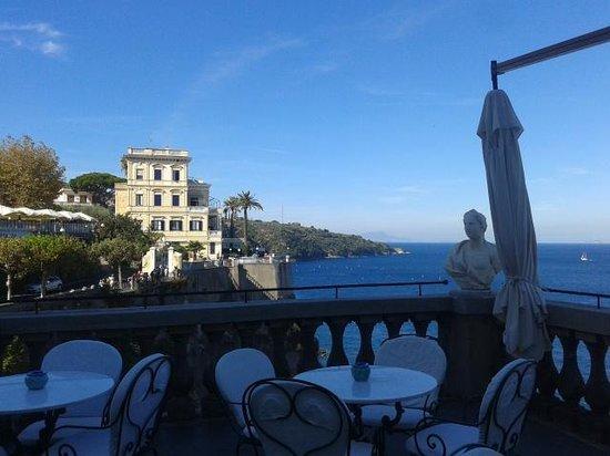 Grand Hotel Excelsior Vittoria : Vistas terraza