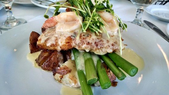 Old Yarmouth Inn: Roasted Panko Parmesan encrusted Haddock