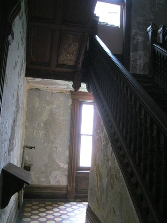 "Ohio State Reformatory: Stairwell in administrative building ""wood"" is really steel."