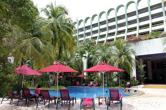 PARKROYAL Penang Resort, Malaysia : Hotel Garden