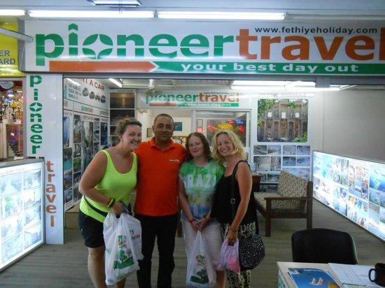 Pioneer Travel: With pioneer man