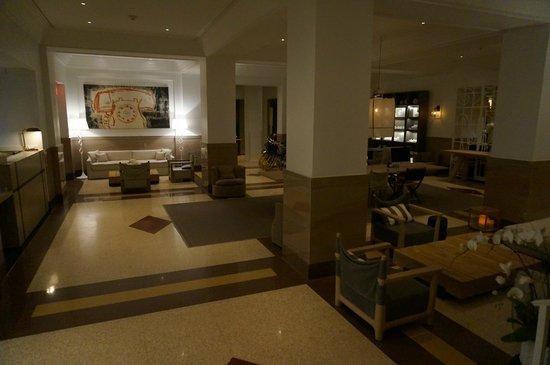 Hotel Victor : reception