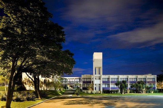 SIA Park Executive Hotel : Área externa