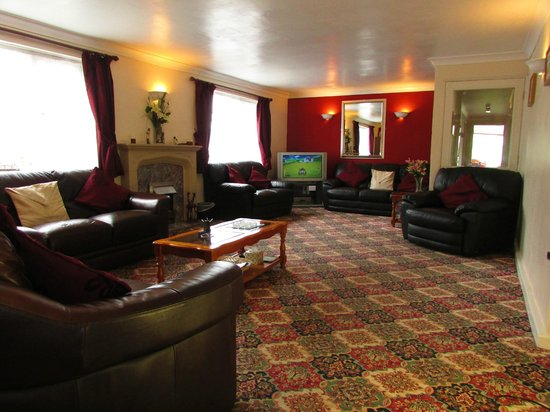Sunnymeade Country House: Lounge