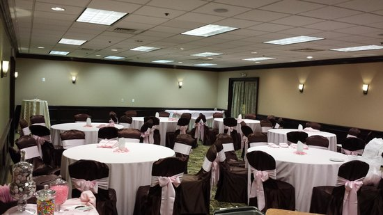 Sonoma Grill: Private Party Room Fits up to 80 people