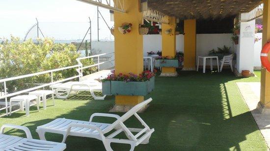 Los Jandalos Santa Maria: Roof Seating Area