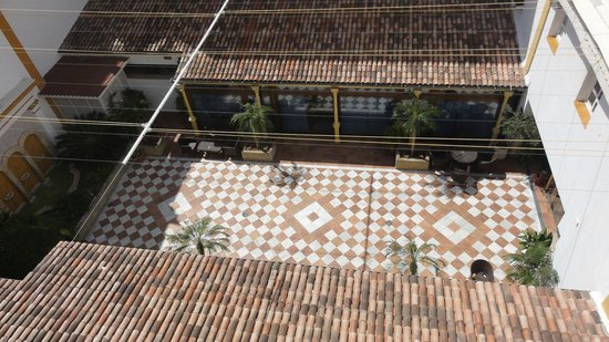 Los Jandalos Santa Maria: Inner Courtyard