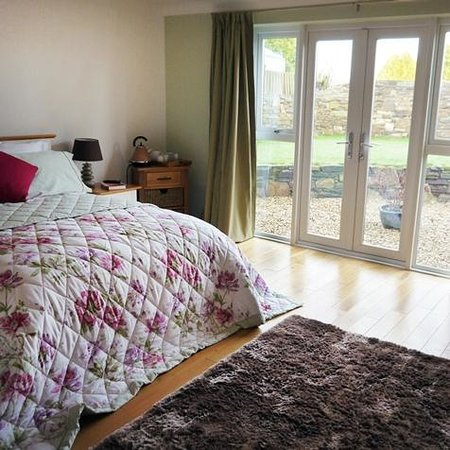 Trenear Bed and Breakfast: Oak room - large double