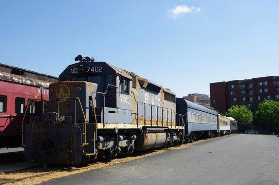 Baltimore and Ohio Railroad Museum: museum exhibits