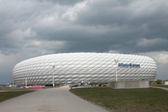 Allianz Arena: Fachada