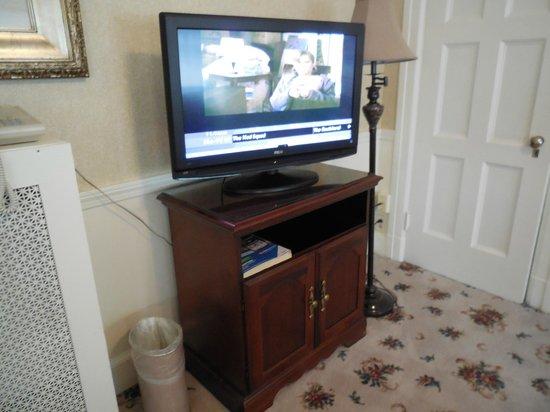 Kennebunkport Inn: Flat-Screen TV