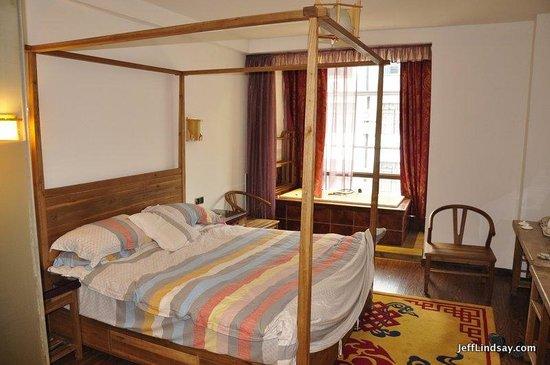 Guanshanyue Honeymoon Mansion: Bed