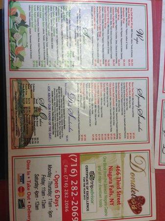 Wanderfalls Guesthouse & Hostel: Pizza y Buffalo Wings recomendadas!!!
