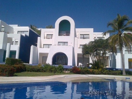 Camino Real Zaashila: pool