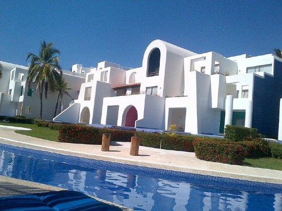 Camino Real Zaashila: pool.