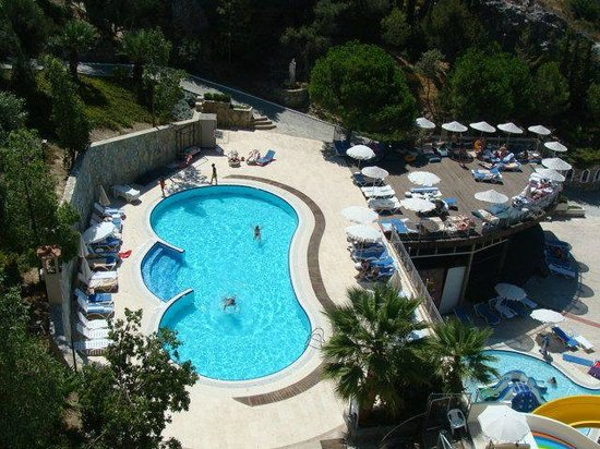 Alkoclar Adakule Hotel: One of the pools