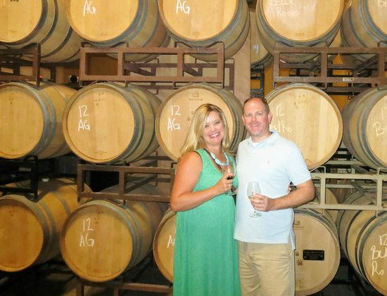 Grapeline Wine Tours: Lunch in the barrel room at Cougar Winery