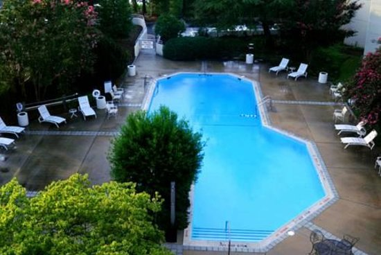Sheraton Chapel Hill Hotel: Pool