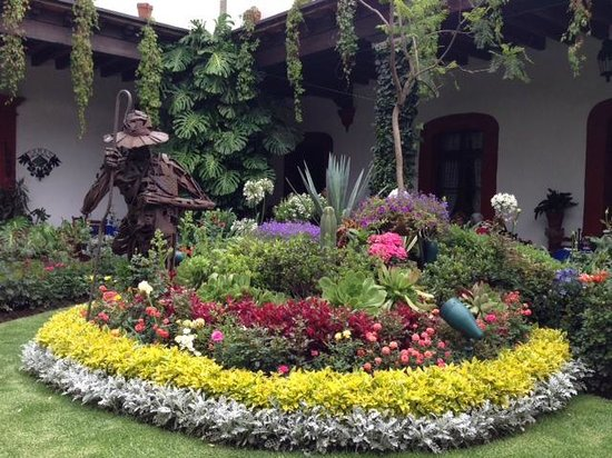 Restaurante Antiguo San Angel Inn: Atrium grounds