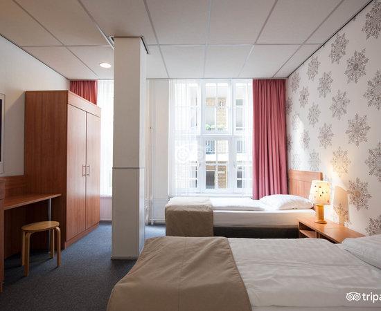 Hotel Rho Amsterdam Reviews