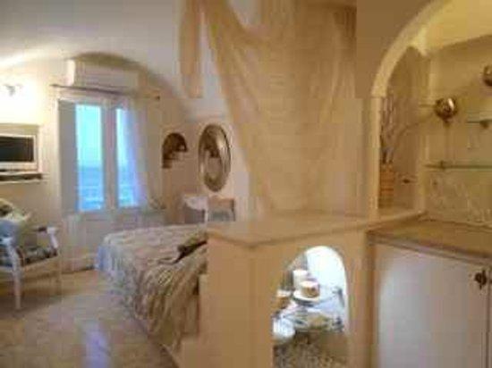 Thea Apartments - Imerovigli: Honeymoon suite