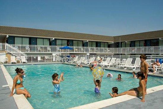Harris House Motel: The Biggest Heated Pool In Ocean City, NJ