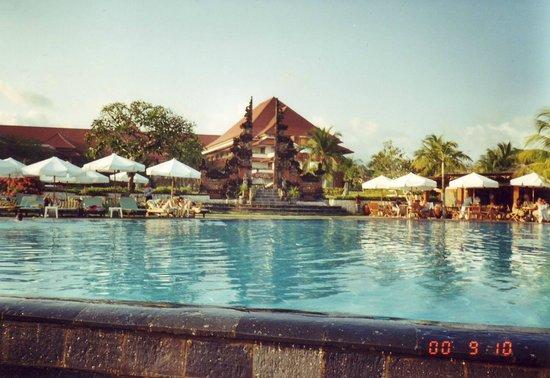 Kuta Beach - Bali: Vårt hotell på Kuta Bali