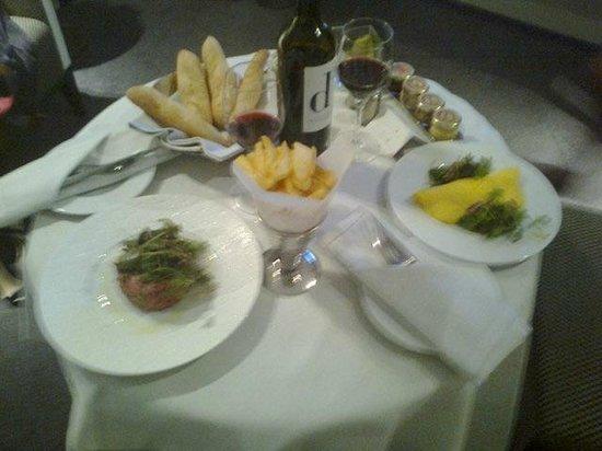 InterContinental Marseille - Hotel Dieu: Room service